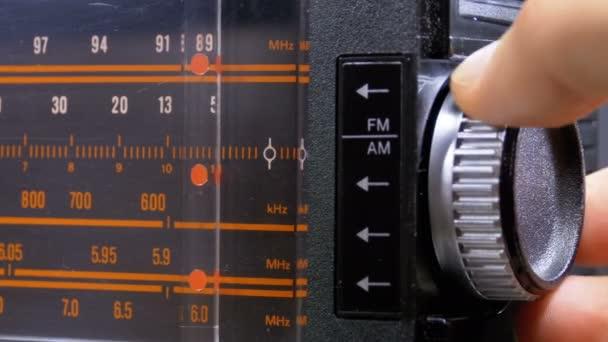 Analogové rádiové frekvence Dial v měřítku Vintage přijímače