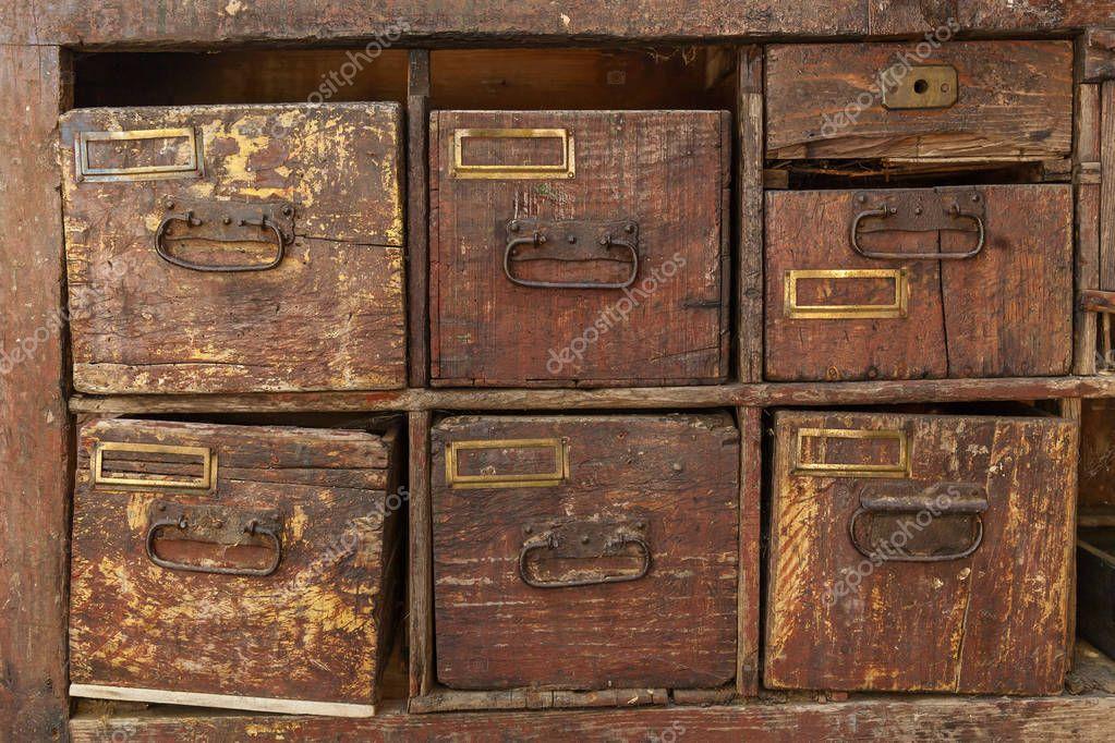 Oude Houten Kast : Houten kast. vintage oude houten retro lades u2014 stockfoto © oleg.0
