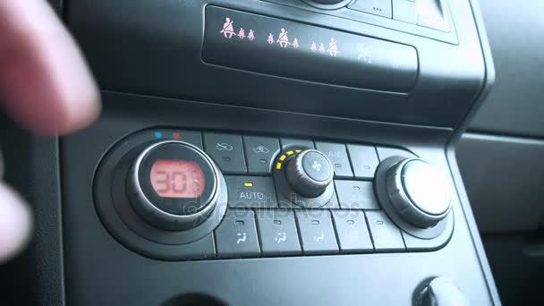 Klimaanlage im Auto, Temperaturregulierung, Klimaautomatik, Klimaautomatik, Temperaturerhöhung