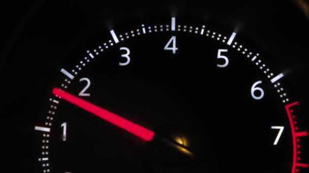 Az autó képek megjelöl sebesség, a terhelés a motor, fordulatszámmérő