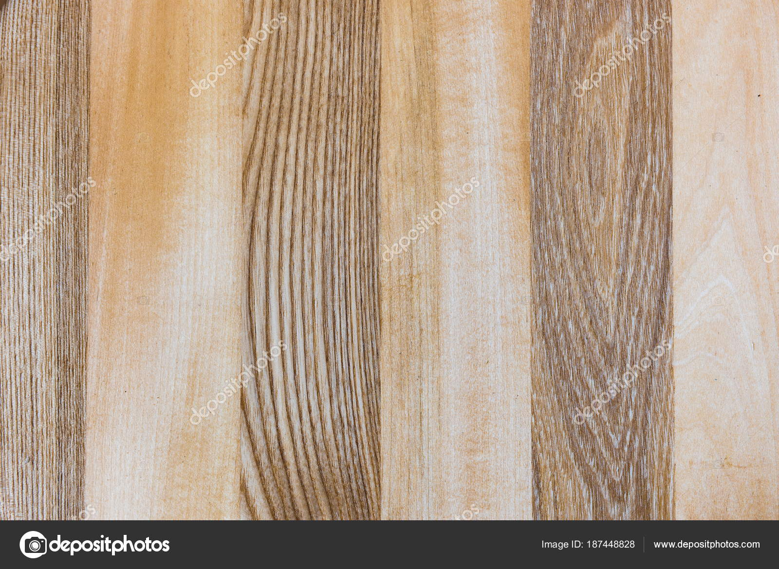 Un frammento di un legno duro di pannello di legno di struttura di ...