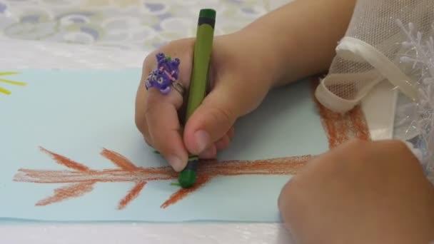 Barvy přírody děti v mateřské školce