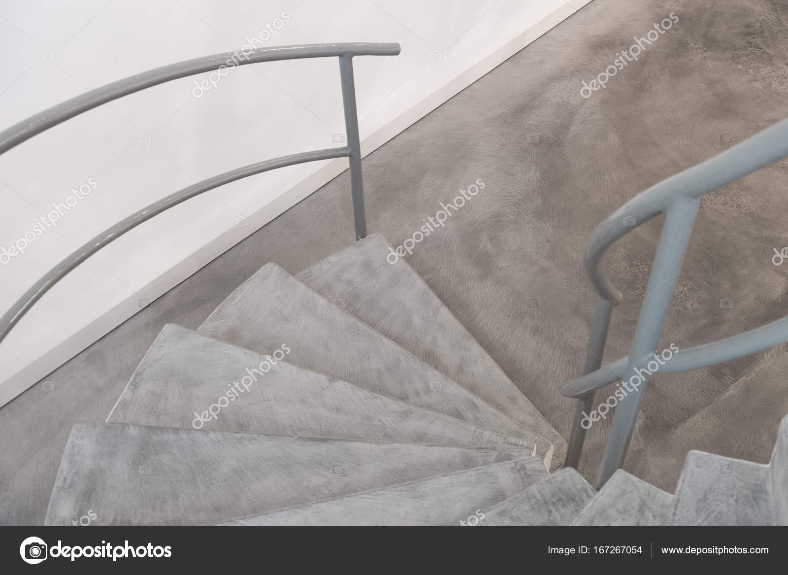 Functionalistische stijl trap in interieur u stockfoto marvlc
