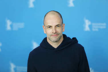 Jonny Lee Miller attends the 'T2 Trainspotting'