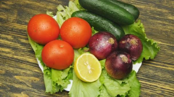 Választék a friss zöldségek közel, forgatás