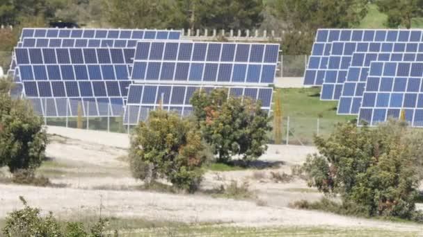 Solární panely. Moc inženýrské koncepce