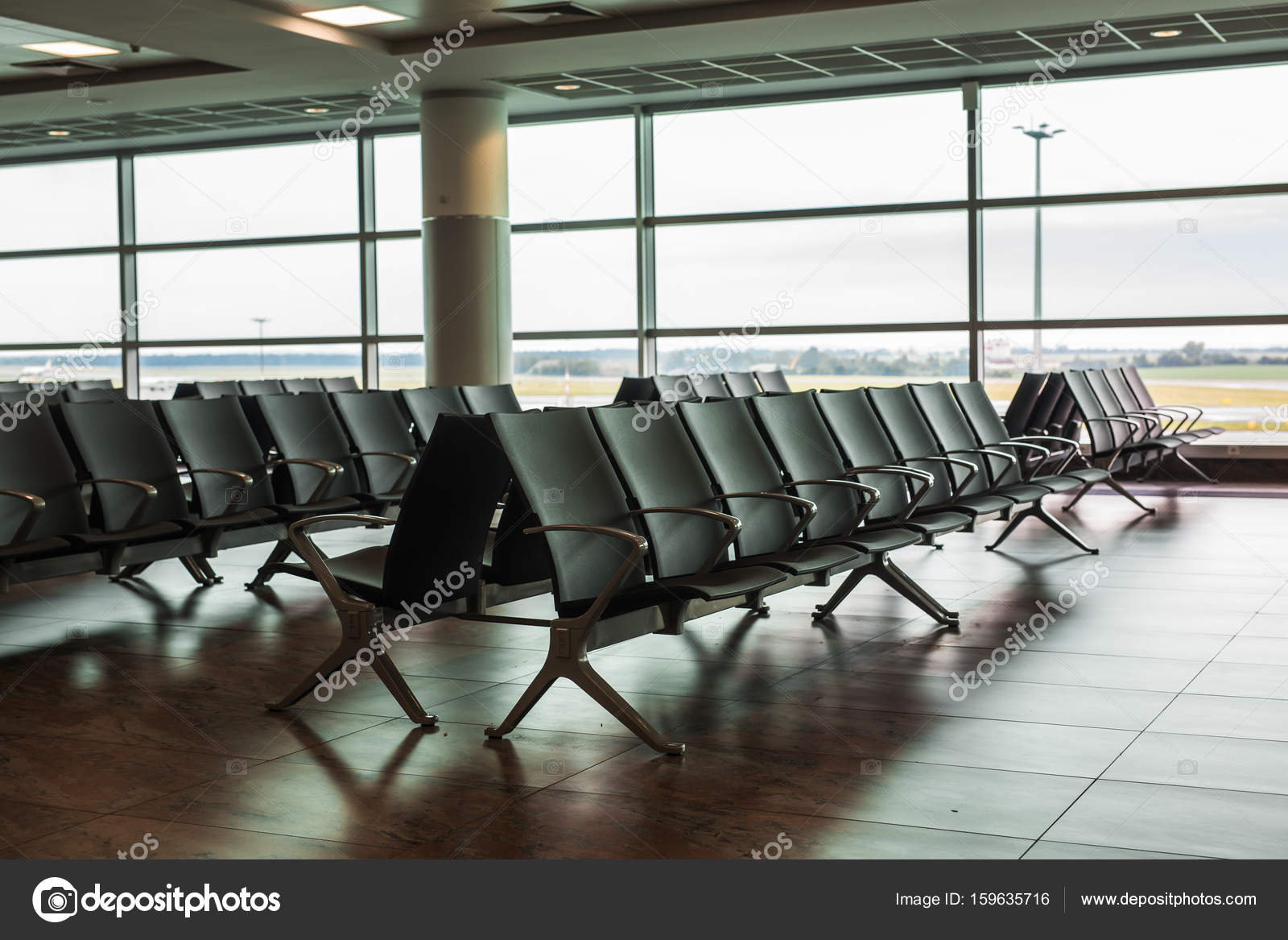 contemporary lounge with seats in the airport — Stock Photo ...