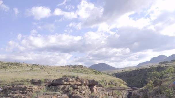 Rugged canyon at Bourkes Luck pot holes