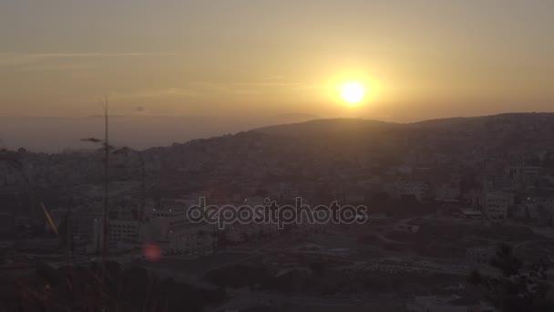 nazareth vom Hügel des Abgrunds bei Sonnenuntergang aus gesehen
