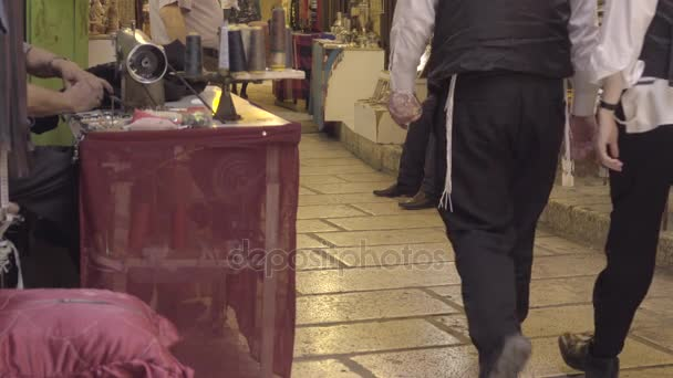 Zsidó emberek séta, piac