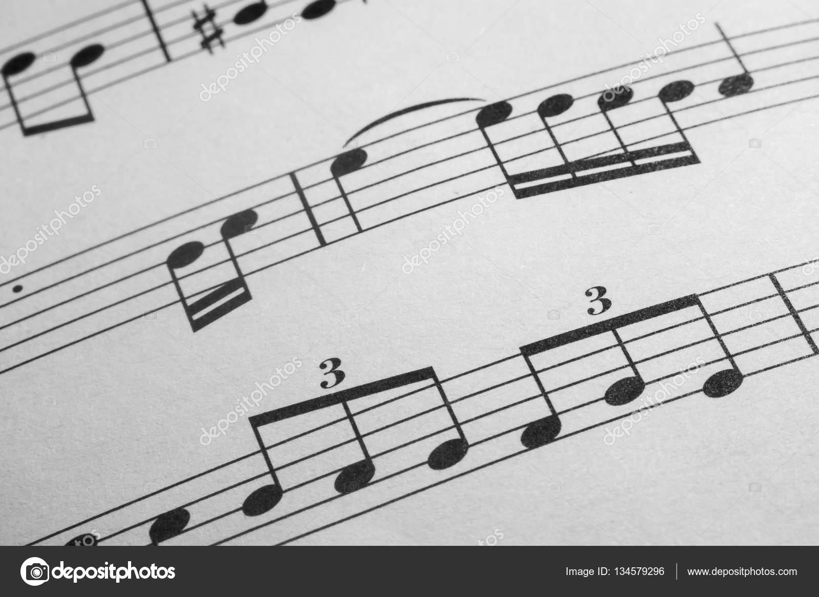 Fondo de hoja de música — Foto de stock © maior #134579296
