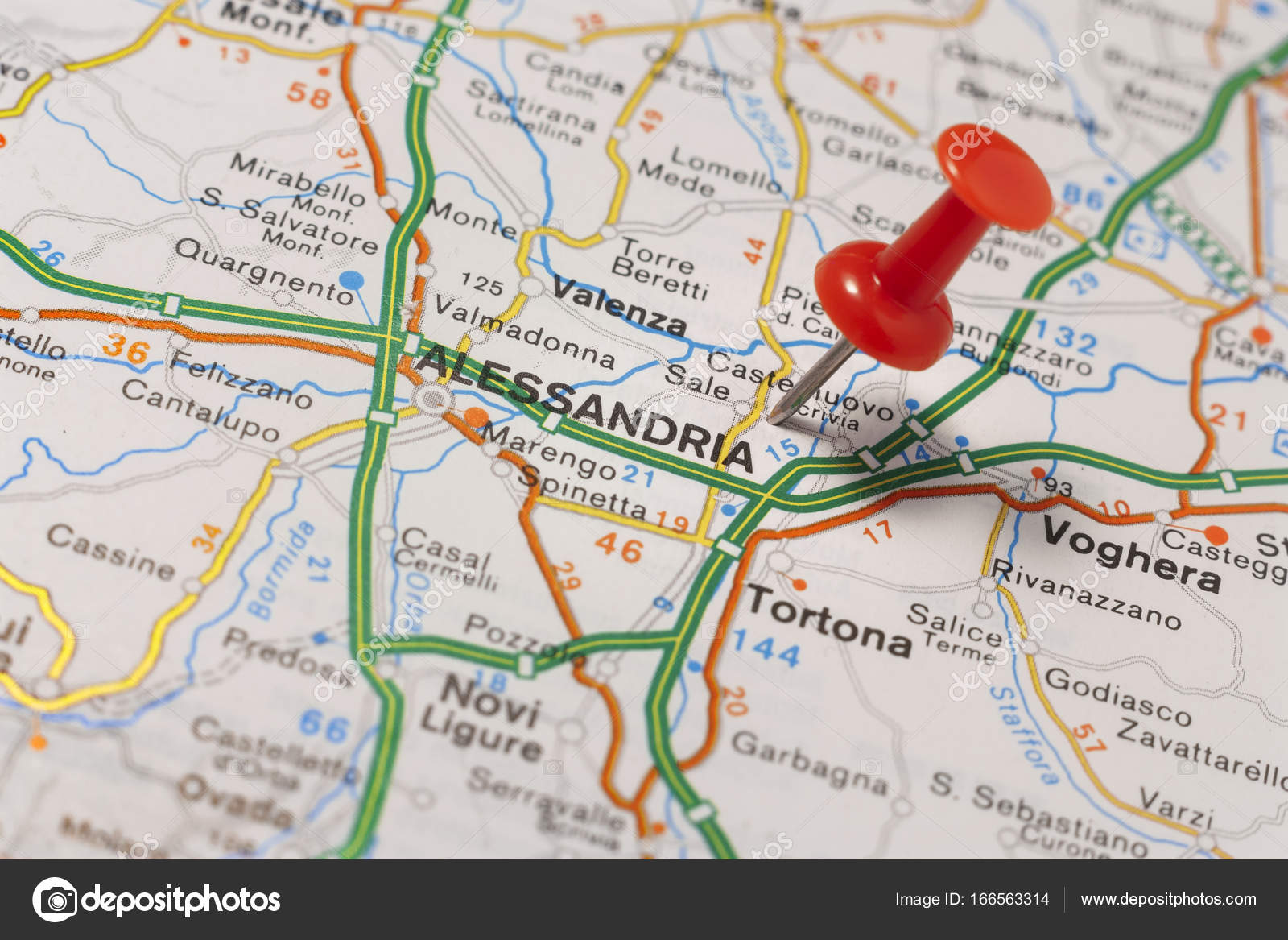 Alessandria pinned on a map of Italy Stock Photo maior 166563314