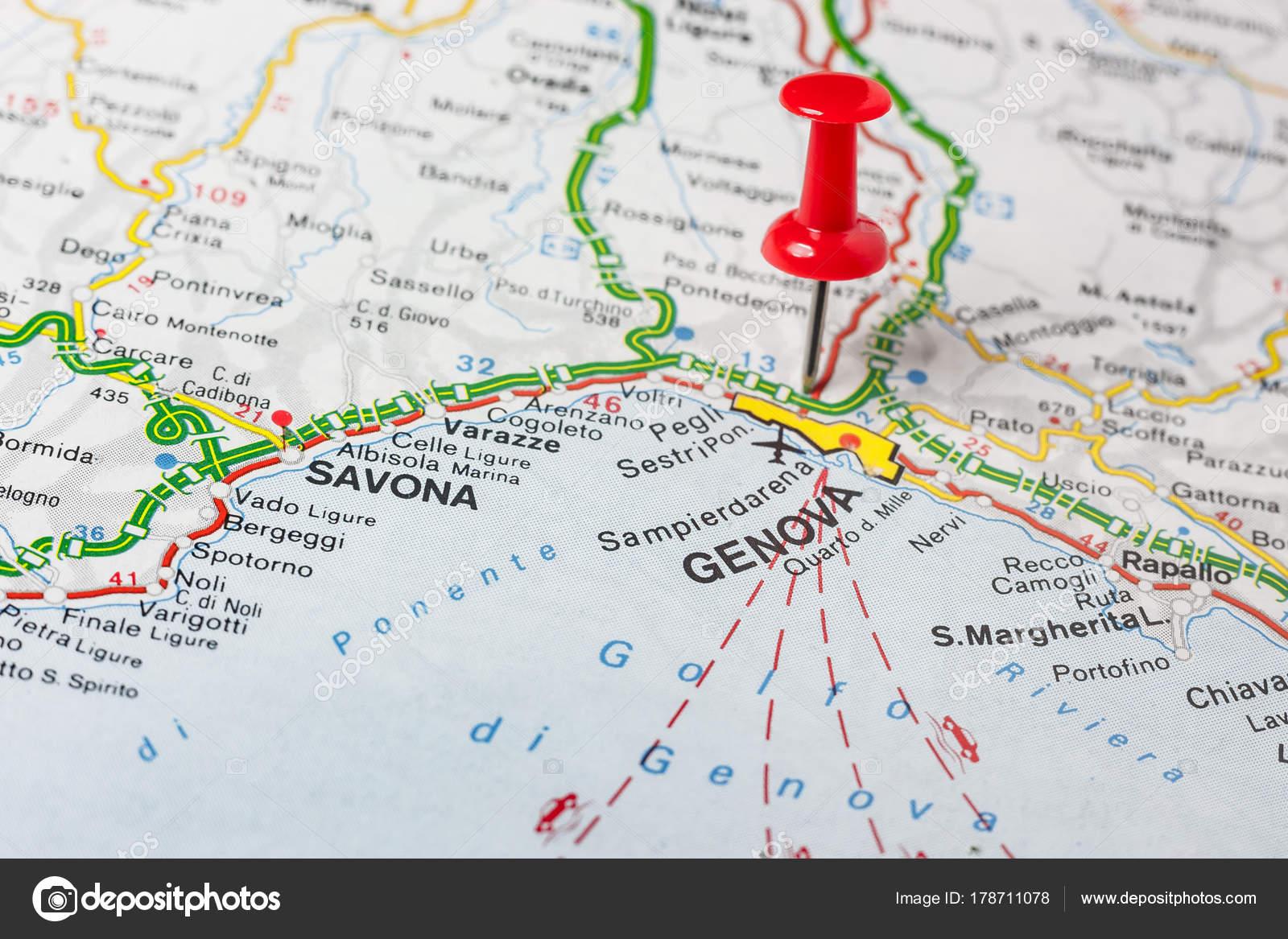 Italien Karta Genova.Genova Vastgemaakt Op Een Kaart Van Italie Stockfoto C Maior