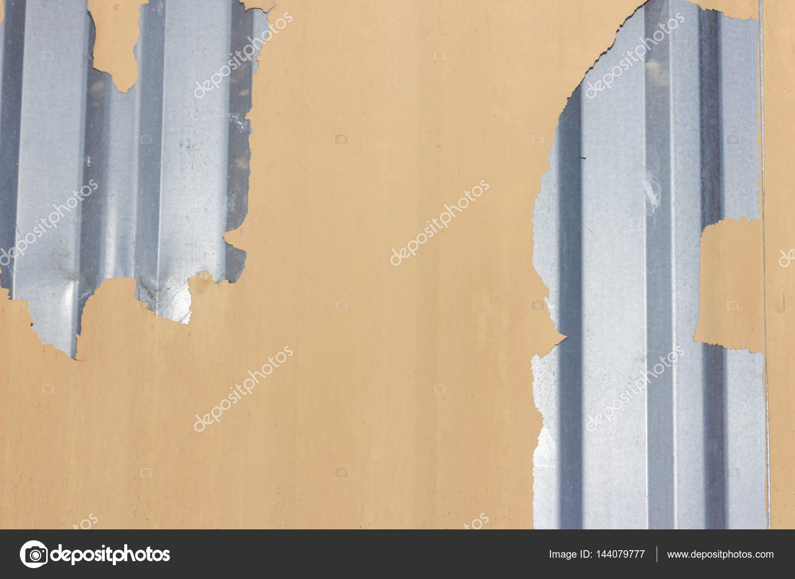 Wunderbar Die Figur Des Gewellten Textur Mit Alten Farbe Bedeckt. Konzept:  Zuverlässig, Abstrakte, Kreativ, Kunst, Zaun U2014 Foto Von Maximnorby