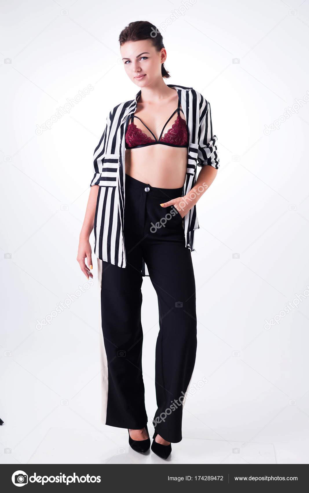Moda En Juguetona Pantalón Chica De Y Negro Sujetador Belleza Un CxWdBoEQre
