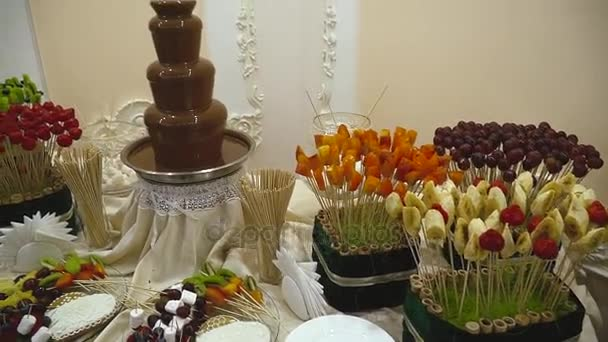 Candy Bar Boda Buffet De Dulces Fuente De Chocolate Tortas