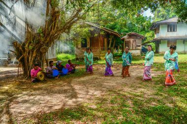 Traditional Ronggeng dance, with traditional music equipment