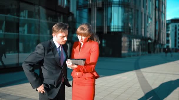 Businesswoman with tablet PC make offer to client.