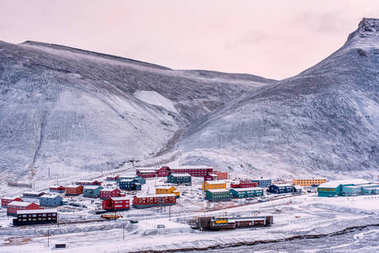 Wallpaper norway landscape nature of the mountains of Spitsbergen Longyearbyen Svalbard building snow city on a polar day with arctic winter  in the sunset