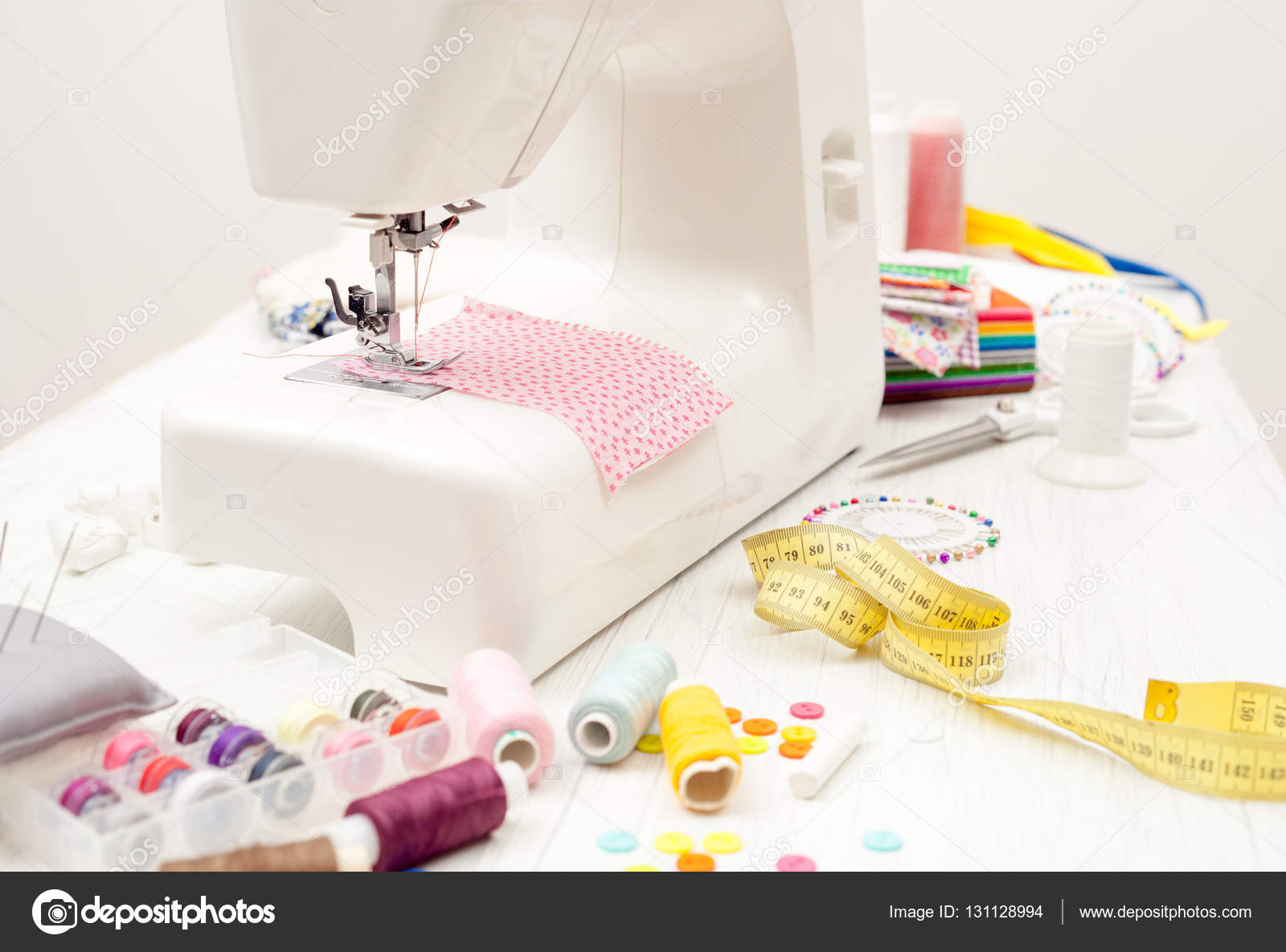 coser, coser en la máquina de coser, suministros de costura, color s ...