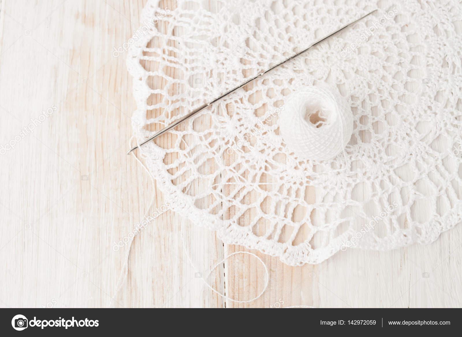 manualidades, crochet, tapete de ganchillo — Foto de stock © ekramar ...