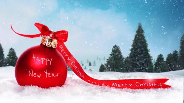 Veselé vánoční ozdoba sněhu a borovice 4k