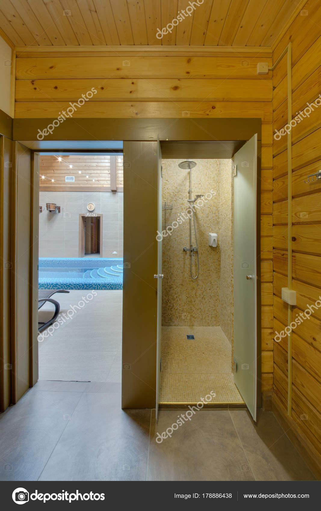 Shower Room Locker Room Exit Pool — Stock Photo © twins03 #178886438