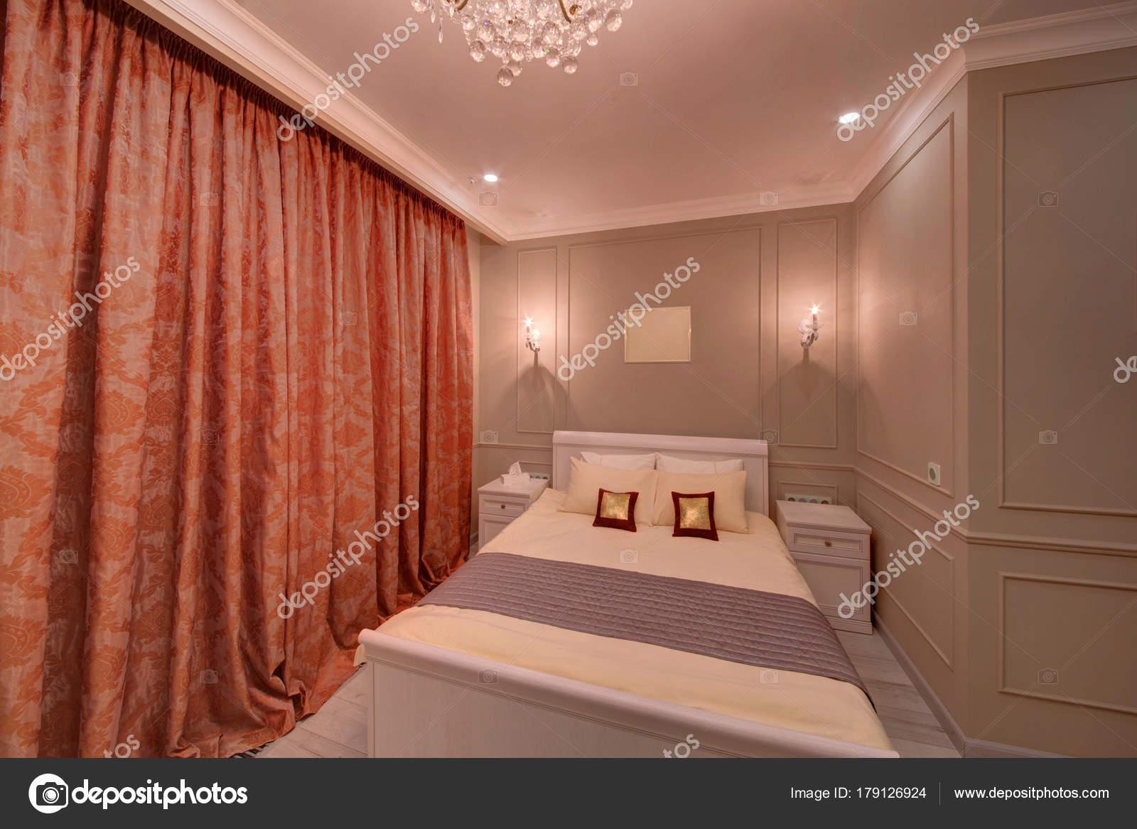 schlafzimmer beige wand gebrauchte lattenroste arabisches schlafzimmer tapeten r ckwand vito. Black Bedroom Furniture Sets. Home Design Ideas