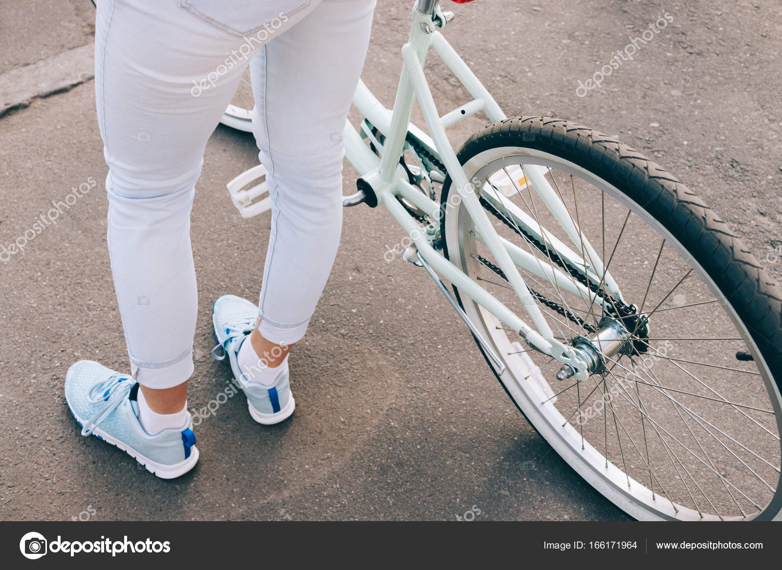 Засаживал мне женские ножки крупно фото