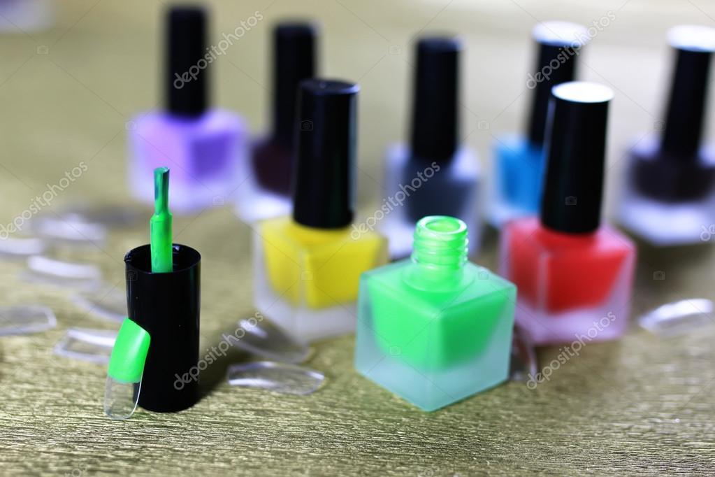 barniz de uñas postizas manicura — Foto de stock © alexkich #127500382
