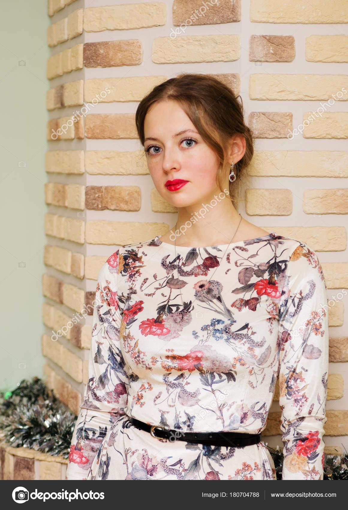 Частный красивой девушки фото, онлайн бомж трахает