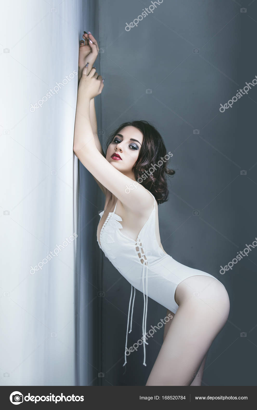 Взрослые девочки модели сексуал