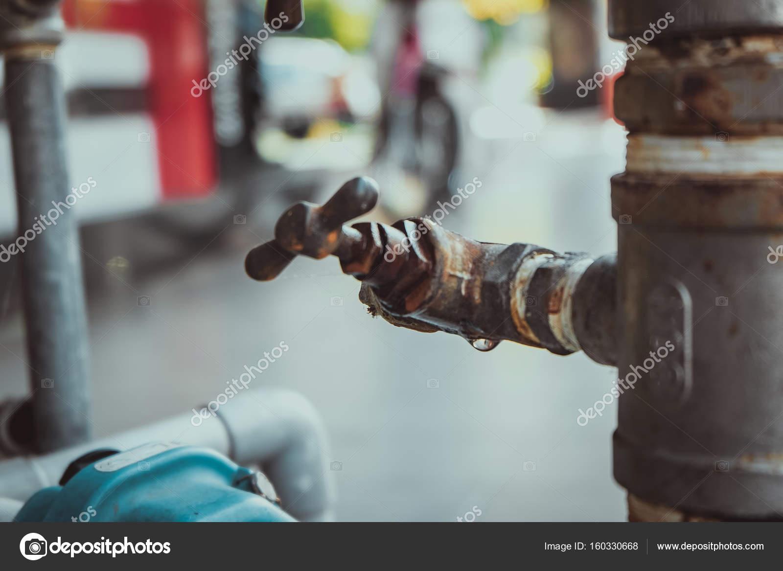 Zugeschnittenes Bild Zugemacht Schuss Von Rusty Outdoor Rohr