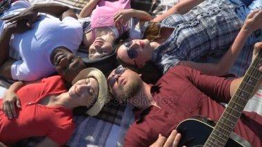free-black-group-video-big-tits-choking-sex