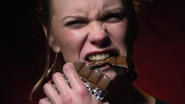 Сексуальные шоколадки видео
