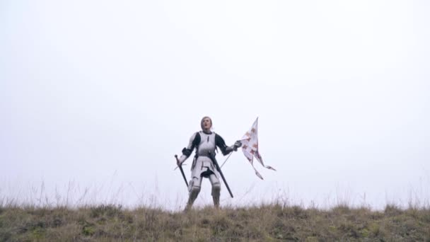 Slow-motion shooting as Jeanne DArc screams and waving a flag