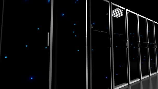 Datové centrum servery proskleným čelem blikající světla záběrem centrum 4k