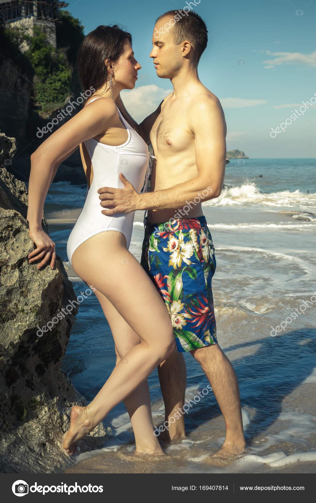 Фото эротических пар на море