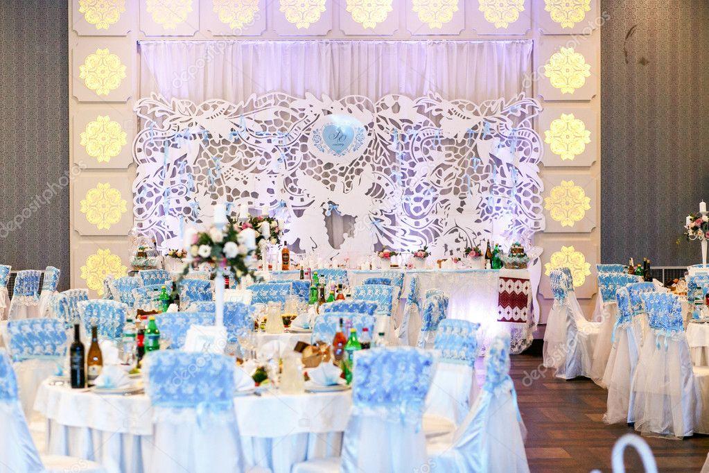 Mooie moderne restaurant decoratie voor bruiloft u stockfoto
