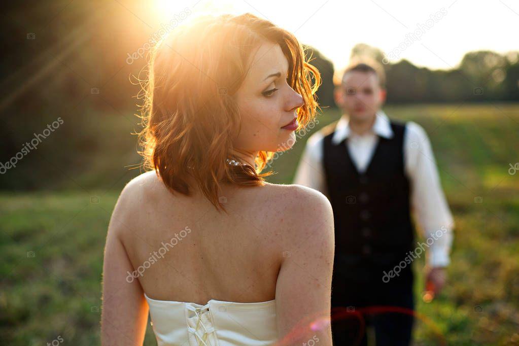přírodní objednávka nevěsty zrzavé vlasy