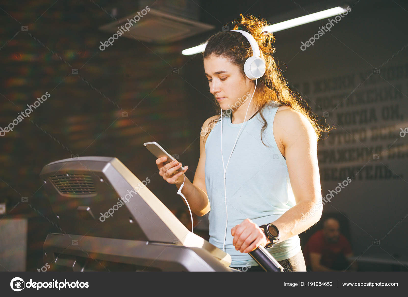 Музыка для спорта и тренировок в спортзале бесплатные сборники.