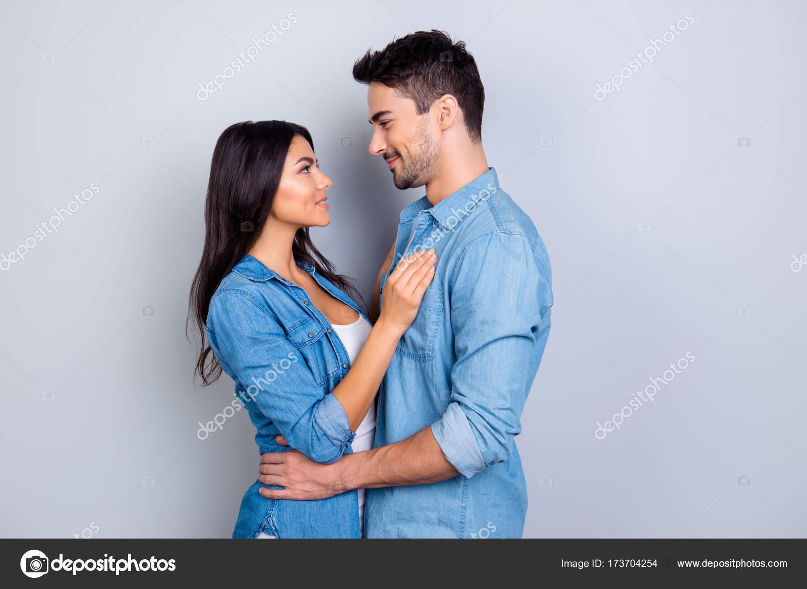 verschil tussen dating en een romantische relatie skinhead dating site Verenigd Koninkrijk