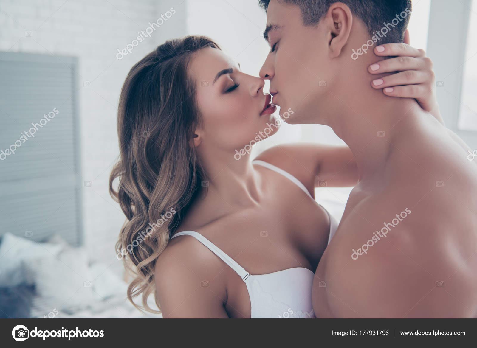 Horny Kiss