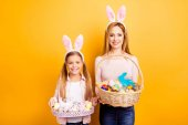 Fotografie Happy Easter! Where is my chocolate bunny? Excited cute lovely t