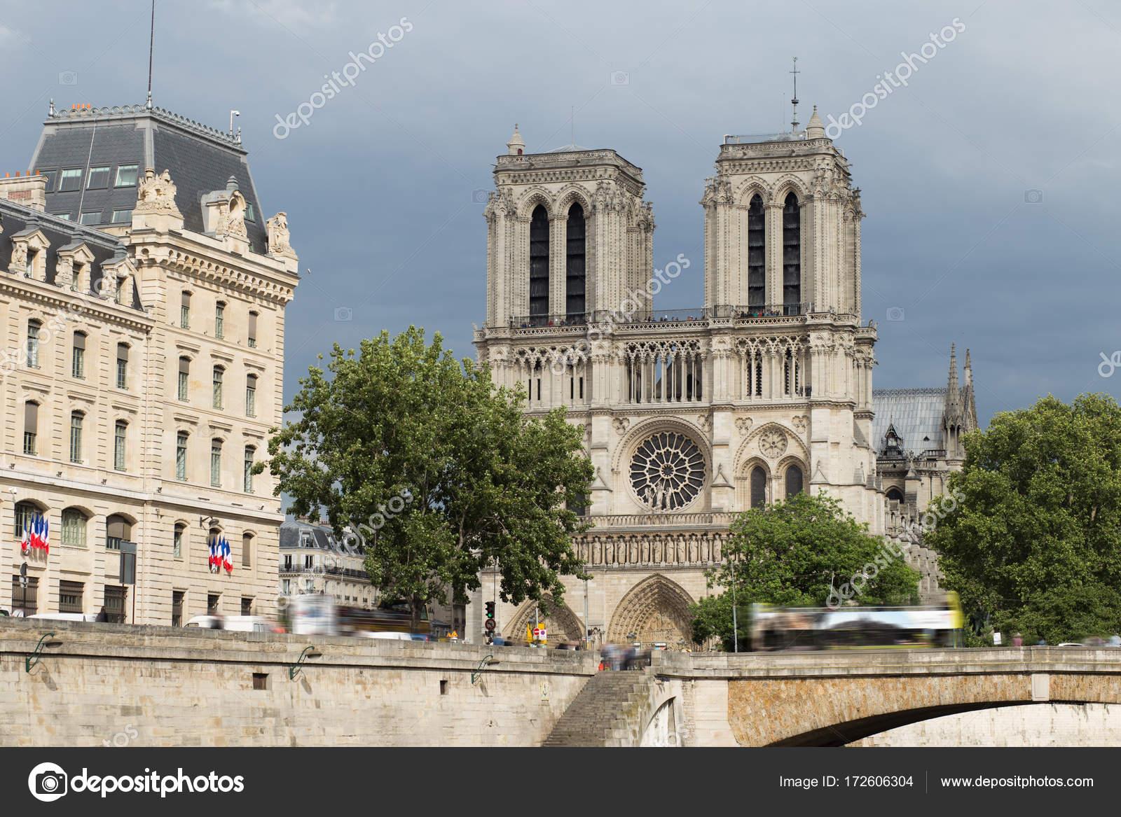 Notre Dame De Paris Célèbre Ancienne Cathédrale Catholique