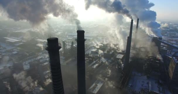 Letecký průzkum továrních komínů