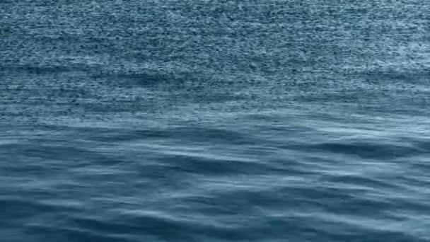 Vodní plochy, vlny oceánu