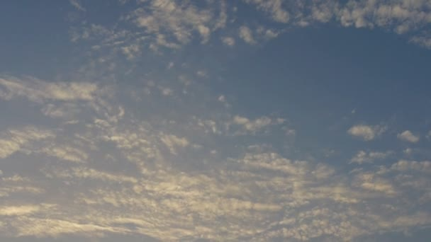 Panoramatické slunce mraky