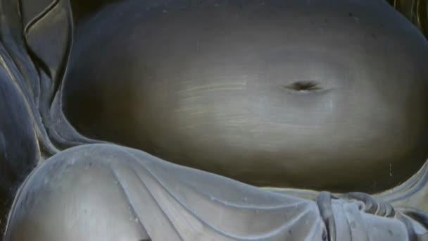 Mosolygó terhes Maitreya Buddha.