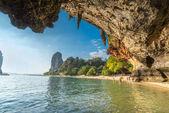 Slavné jeskyně Phranang Raylay Railay Beach, Krabi: Thajsko